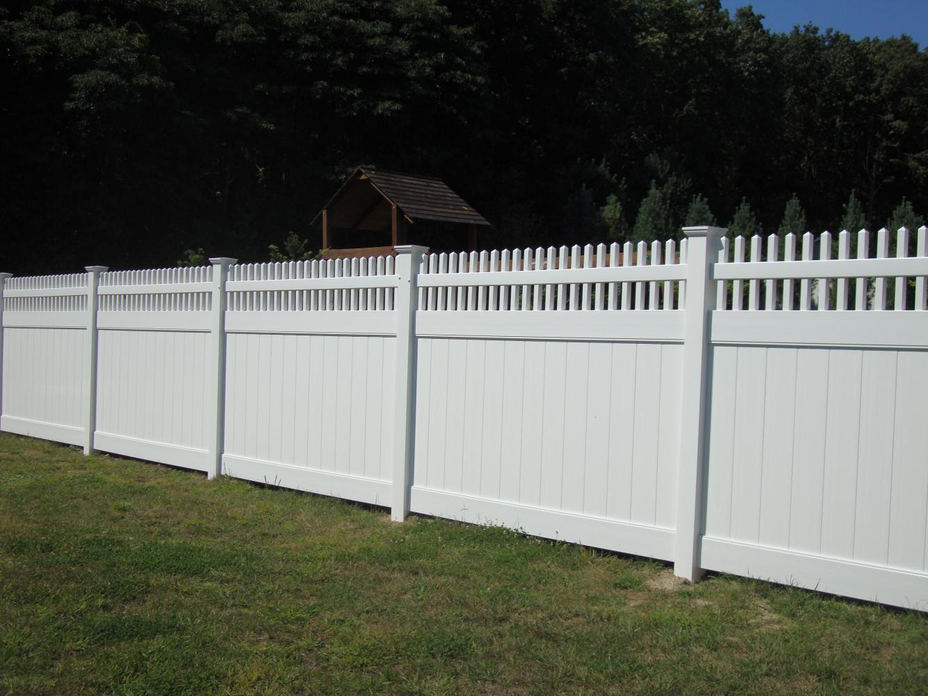how to put up a vinyl lattice fence