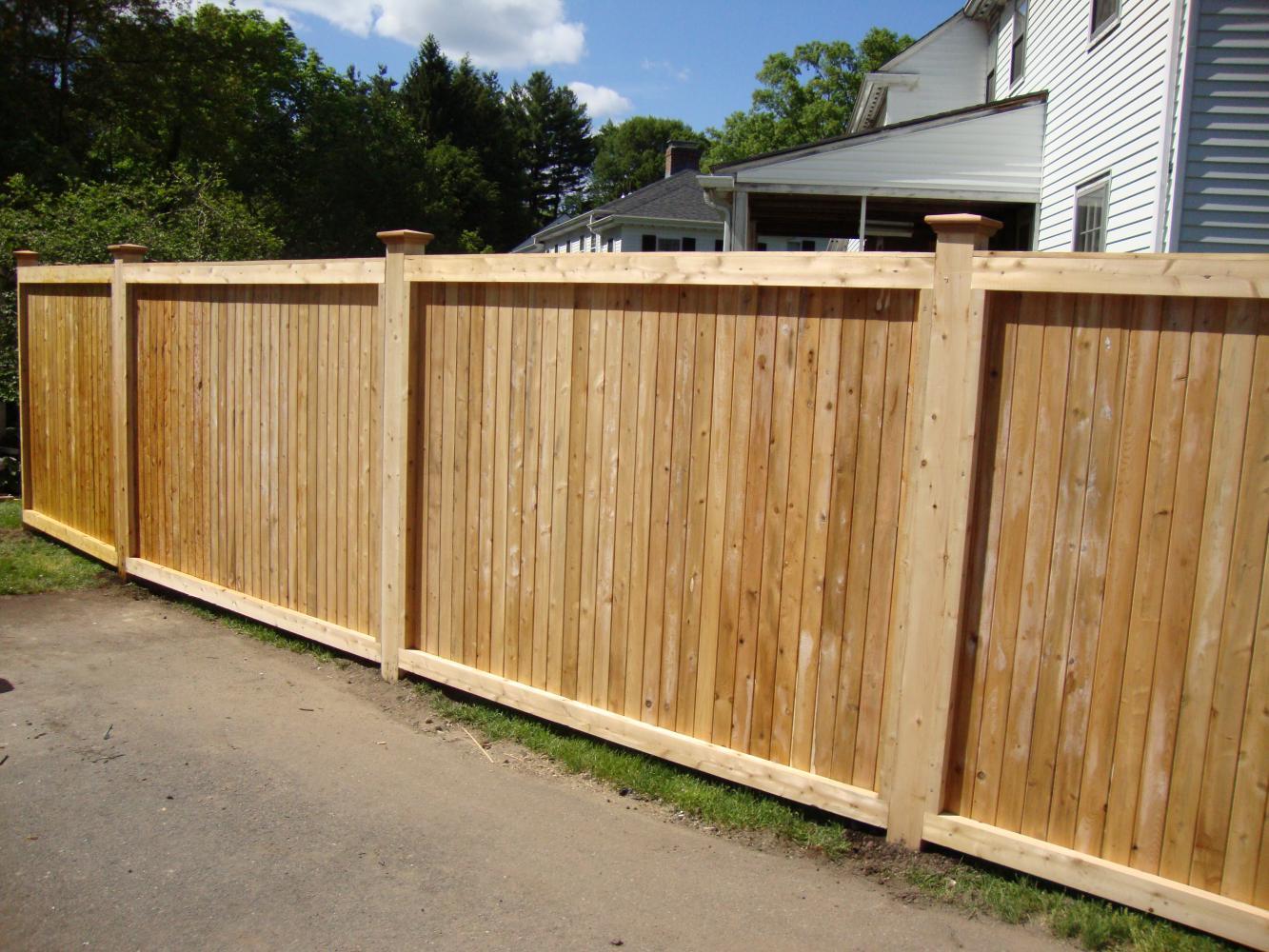 how to build a cedar post fence