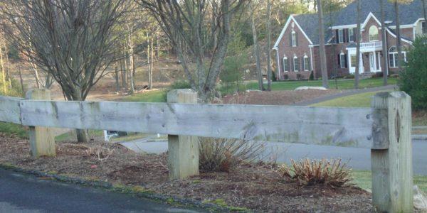 Vinyl Driveway Gate