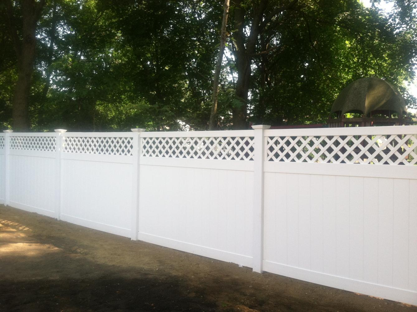 6 High White Pvc Diamond Lattice Top Fence 0 Reliable Fence