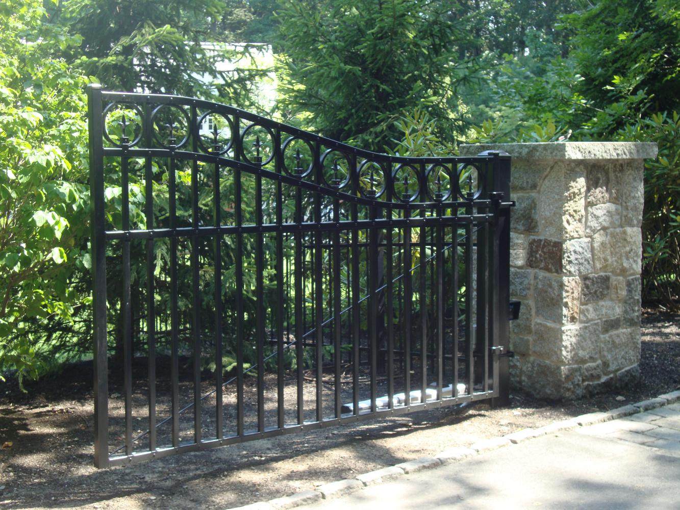Electric Entry Gates Reliable Fence